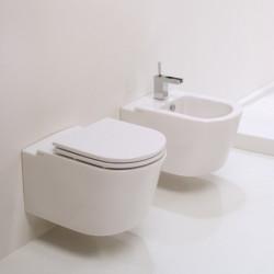 WC suspendu Race 55x36cm avec abattant
